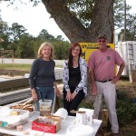 Dee, Sue and Cliff serving lunch at Habitat for Humanity